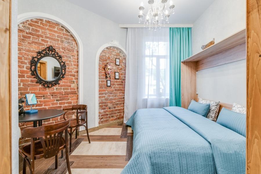 Забронировать двухместную комнату с санузлом в центре Петербурга
